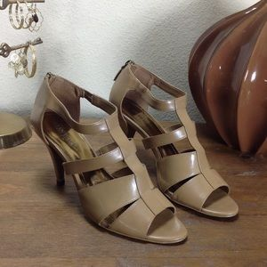 Ellen Tracy Tan Leather Strap Gladiator Stilettos